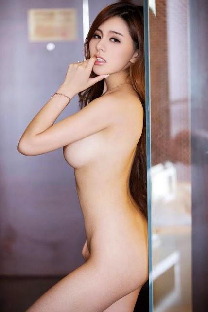 Foto+Bugil+Model+Cantik+Singapura+(4).jp