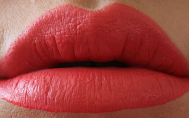 Lime Crime Velvetine in Suedeberry