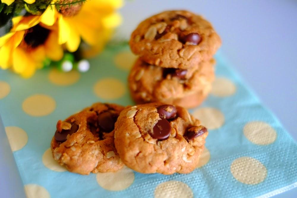 Peanut butter oatmeal drop cookies recipe