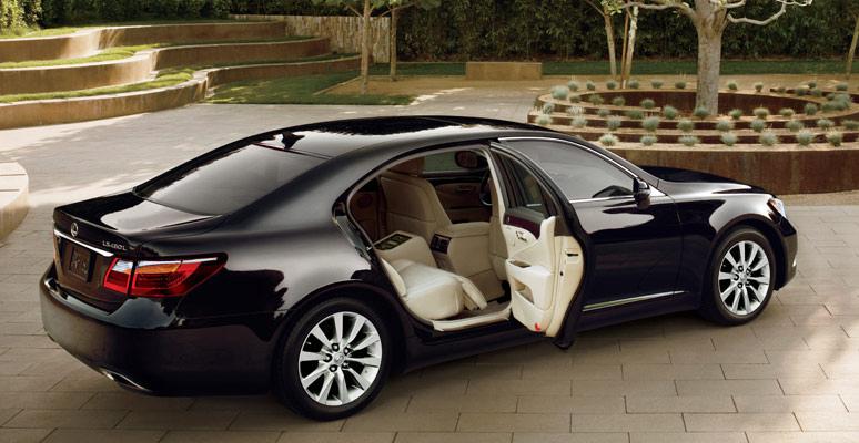 Lexus LS460, V8