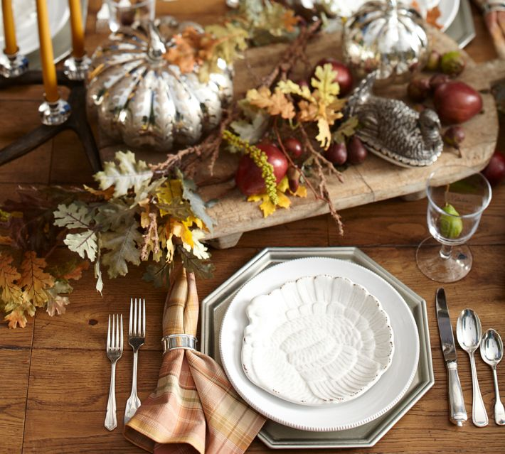 Kreyv pottery barn tablescapes for Pottery barn thanksgiving