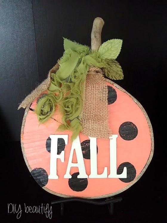 DIY Wood Slice Pumpkins at www.diybeautify.com