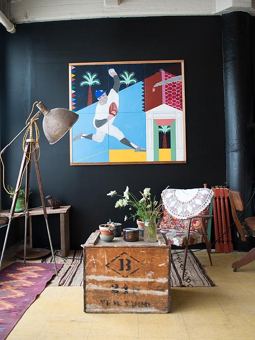 Selbermachen: Schwarze Wand mit Zeichnung