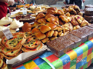 SAT-market-Piece-of-Cake-Bakery2