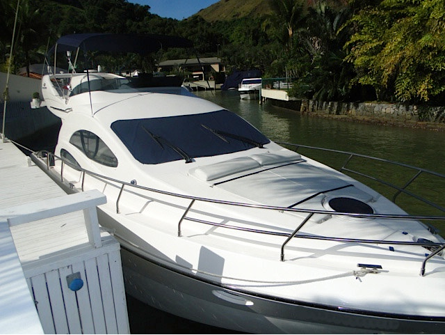 Intermarine 380 Full, Ano 2005