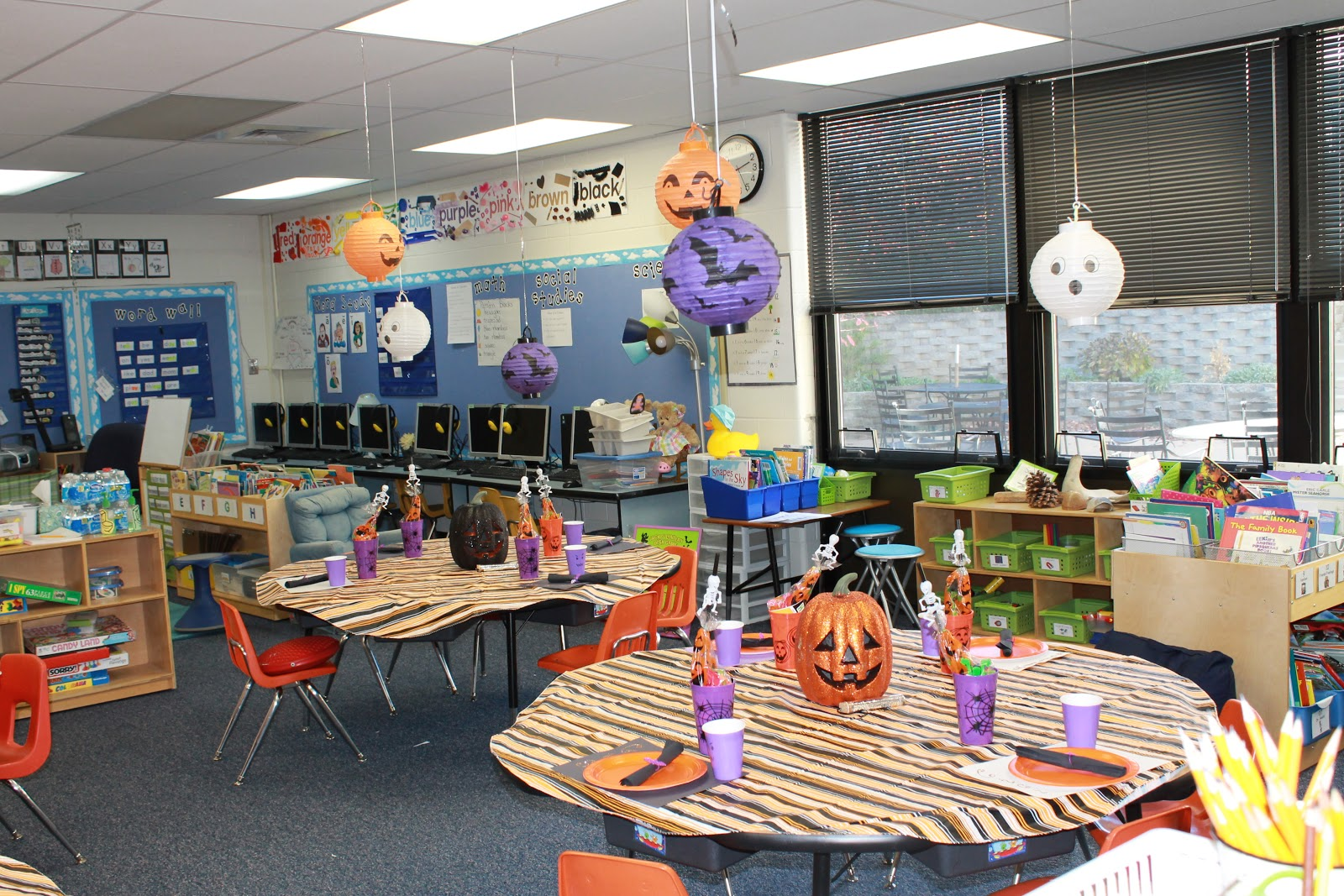 Classroom Party Ideas ~ Little details school halloween party
