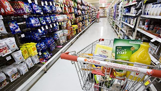 On-line categories don't cut prices, shocking a few (Minnesota Daily)