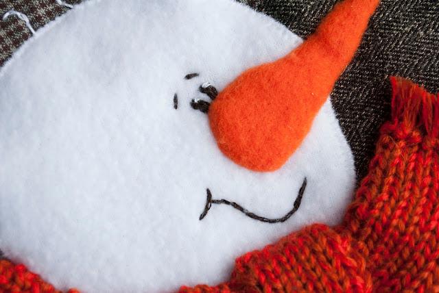 снеговик новогодний носок