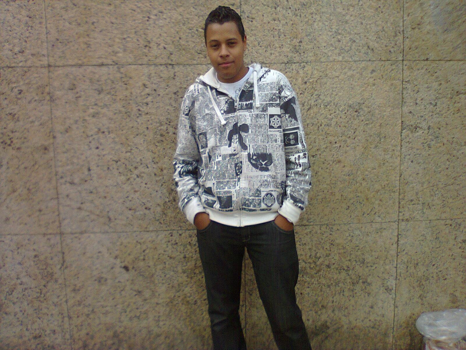 http://4.bp.blogspot.com/-GZmA-v2zUHI/Tdn9cyH86rI/AAAAAAAAAnk/VgDdx6iiwKA/s1600/Photo0515.jpg