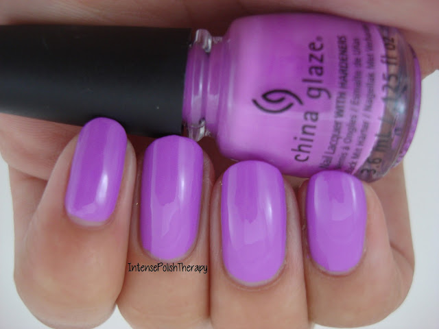 China Glaze - That's Shore Bright