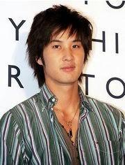 Biodata Kim Ji Suk pemeran tokoh Han Chang Ryul (Charlie Han)