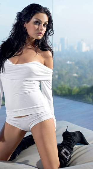 mila_kunis__hot photo