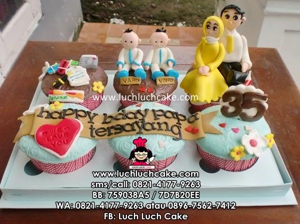 Cupcake Ulang Tahun Ayah Tema Banker Daerah Surabaya - Sidoarjo