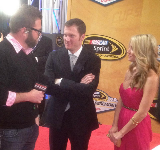 dale jr dating Dale earnhardt jr talks privacy, danica/stenhouse relationship during a break in filming new sprint all-star race commercial.