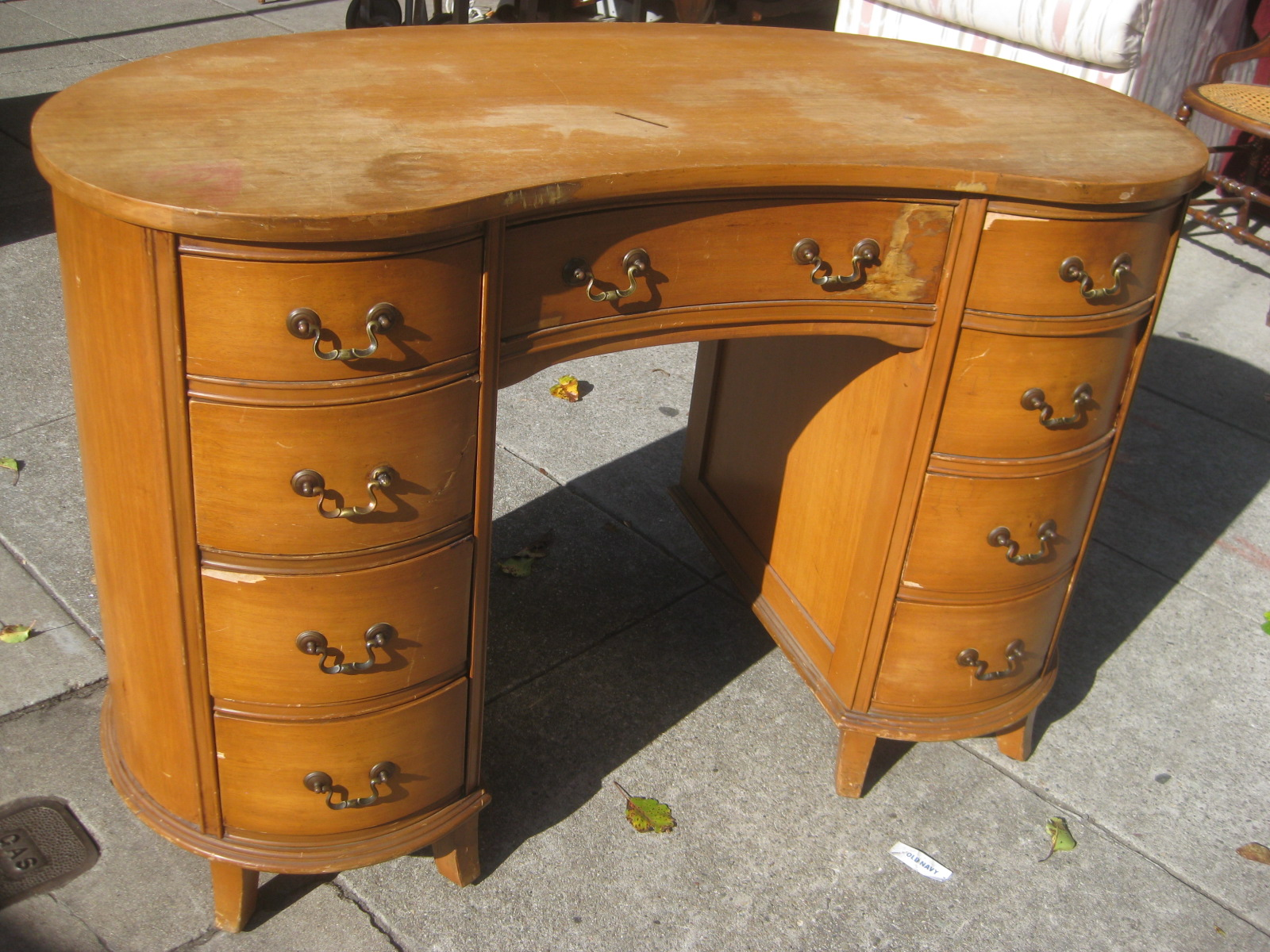 Uhuru furniture collectibles sold kidney bean desk 75 for Kidney desk for sale