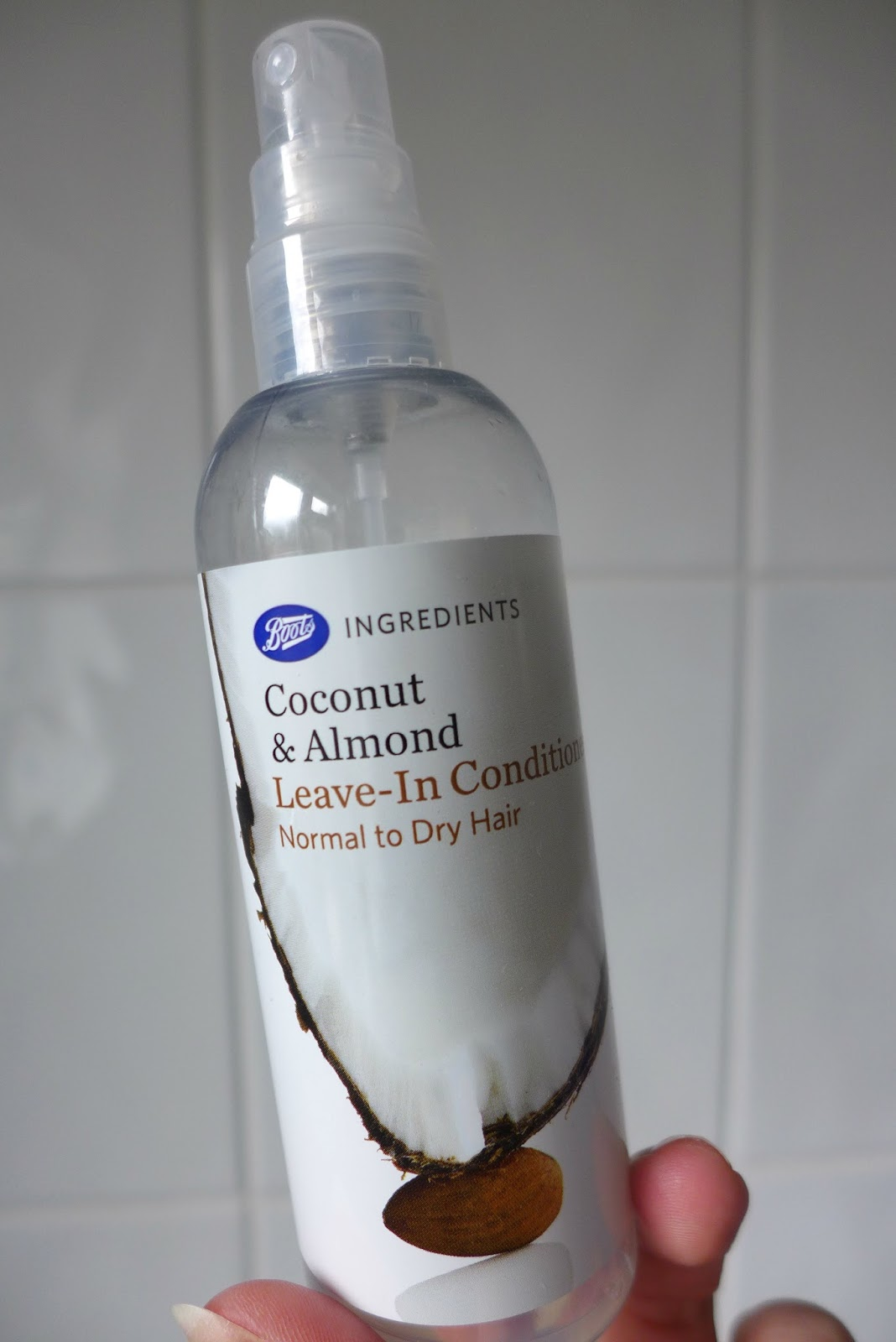 Boots Coconut