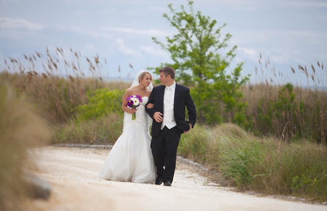 A Lowcountry wedding blogs showcasing daily Charleston weddings, Myrtle Beach weddings and Hilton Head weddings, lowcountry weddings and featuring a Virginia wedding at bay creek resort from grant &amp; deb photographers, Charleston wedding blogs, Hilton Head wedding blogs and Myrtle Beach wedding blogs