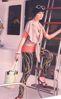 Bolsa de palha com alça de corda