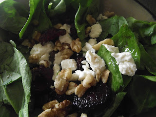 Beet, feta and walnut spinach salad