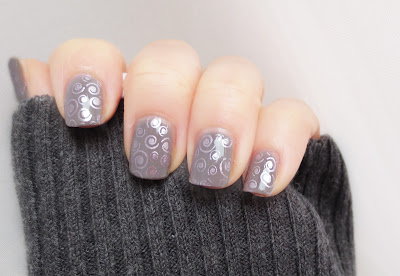 bourjois taupe modèle with stamping