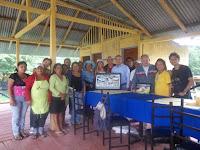 Grupo de visitantes a Santay