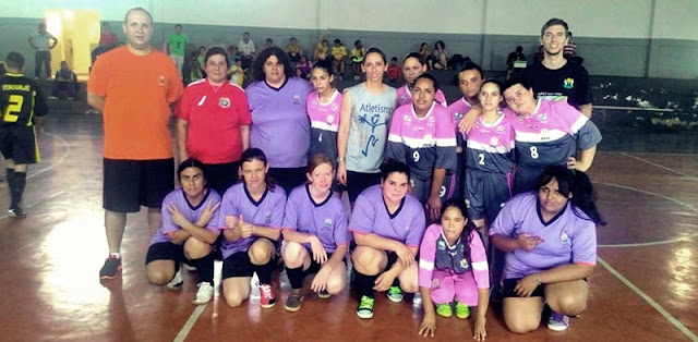 Manoel Ribas: Equipe de Futsal Feminino da Apae conquista o heptacampeonato!