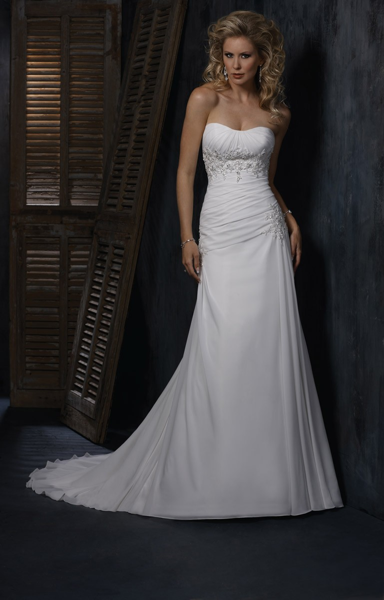 Maxing out on maggie weddingbee for Maggie sottero ireland wedding dress