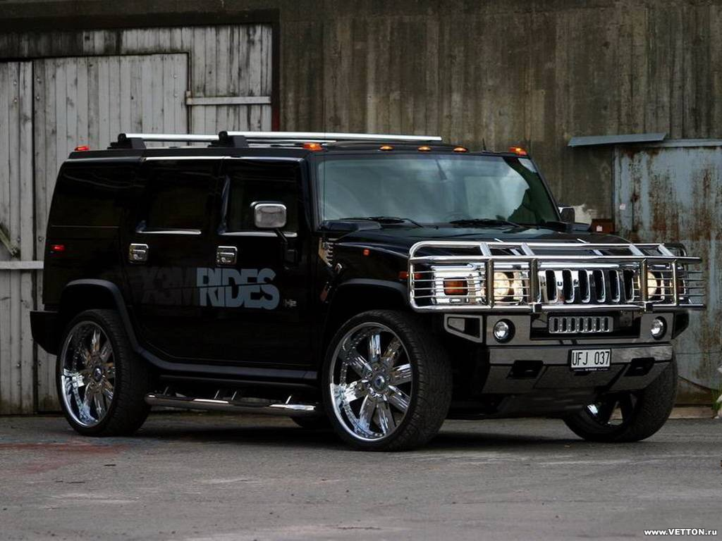 Another hummer in a hummer 5