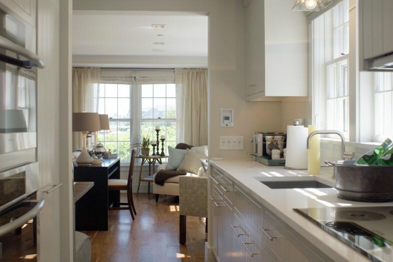 Gorgeous coastal Kitchen with modern touches