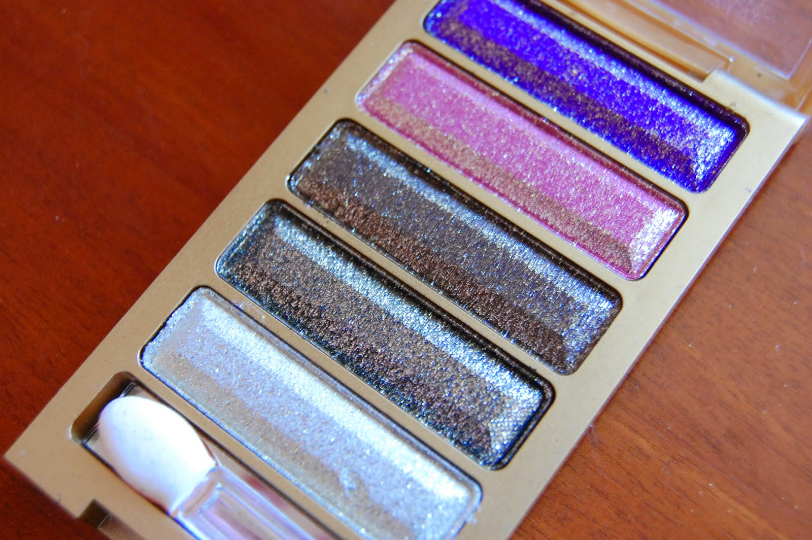 glitter eyeshadow, swatch, make up, beauty, bornpretty, bbloggers, bloglovin, blogger,