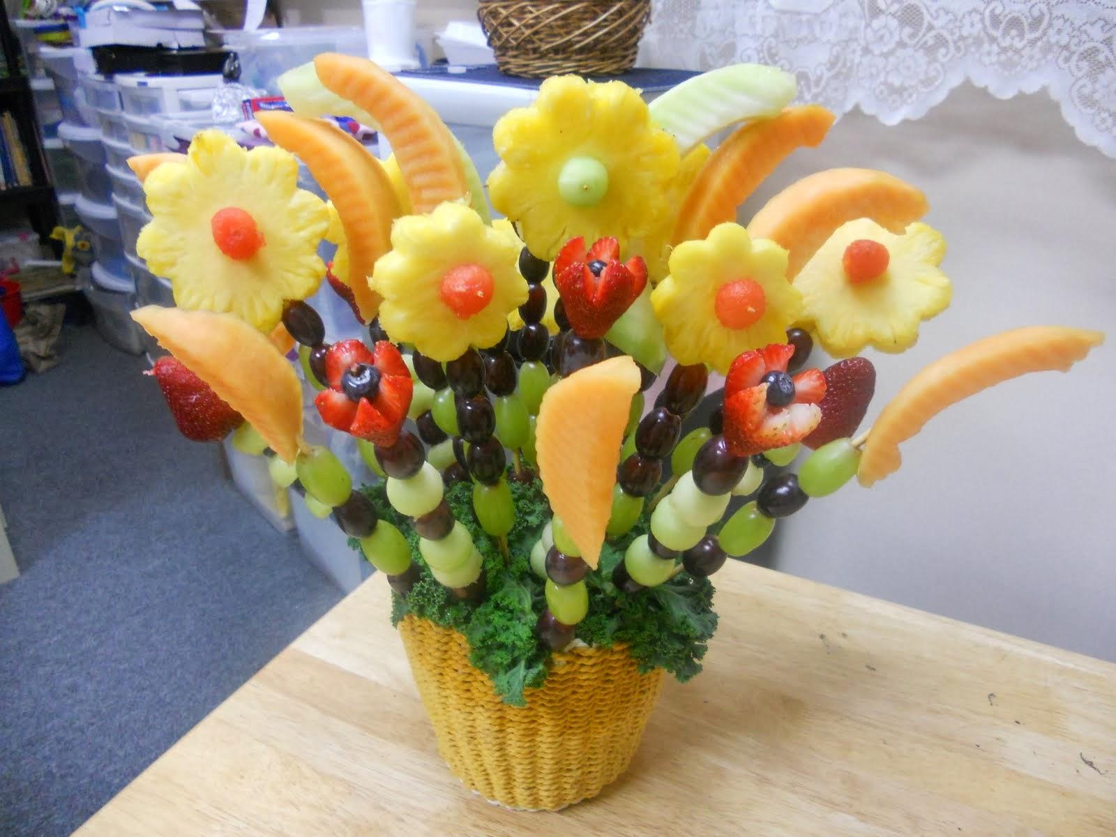 Centerpieces with pineapple part 1 for Centros de mesa con frutas