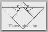 Bước 13: Mở hai lớp giấy, kéo và gấp hai lớp giấy xuống dưới (xem thêm video)