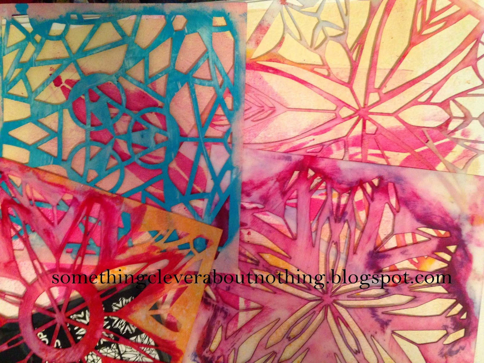 http://4.bp.blogspot.com/-GbXuFXG33OY/VE3mo6ZaGYI/AAAAAAAAPKg/7jBeP3M5DL4/s1600/Kaleidoscope%2Bstencils.jpg