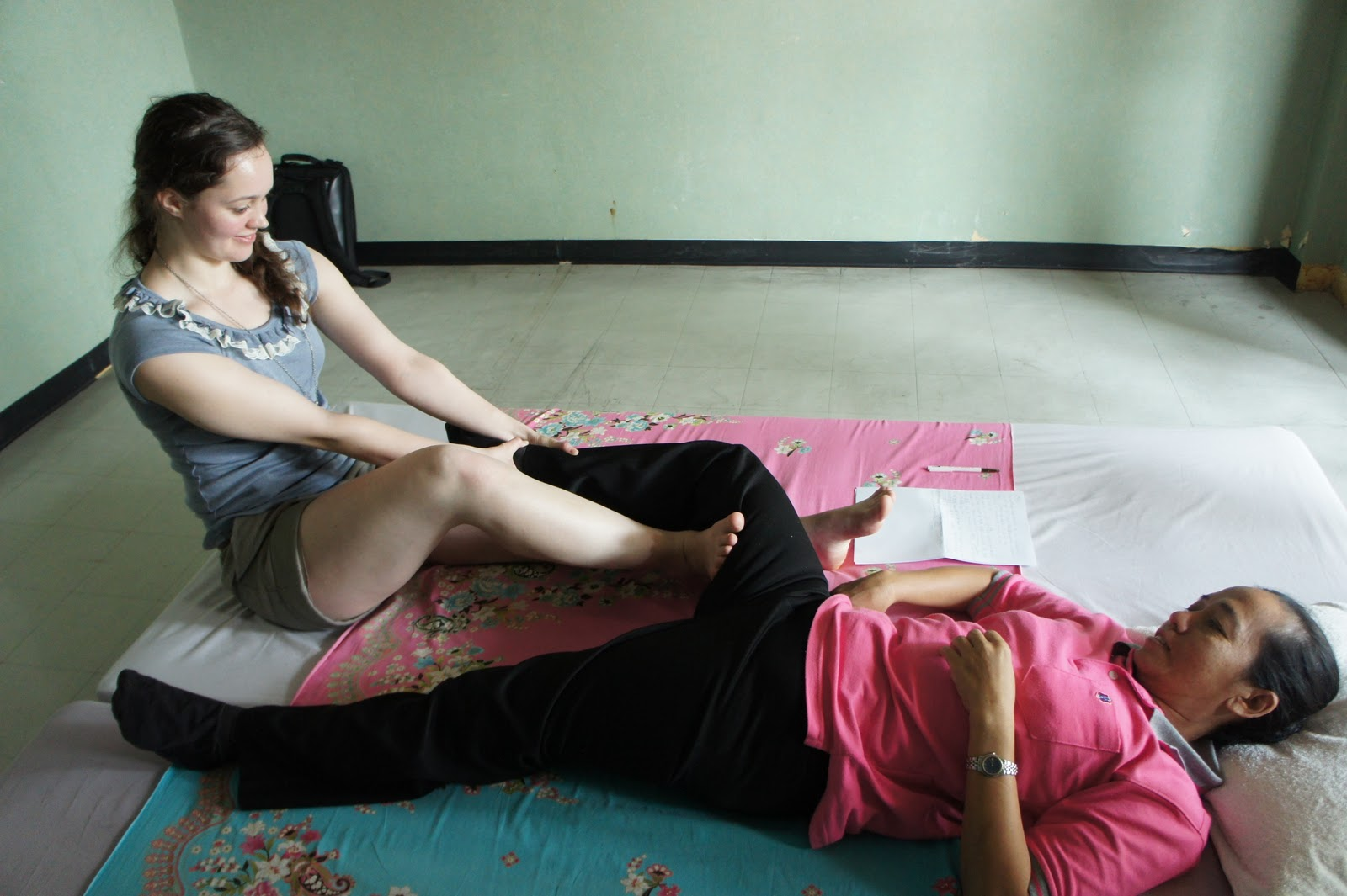 thai body to body massage in bangkok homoseksuell thai massasje jessheim