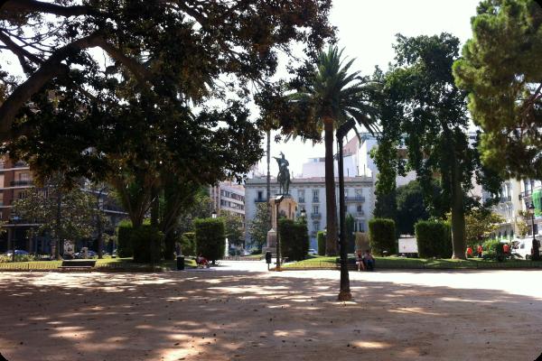Plaza de Alfonso el Magnánimo en Valencia