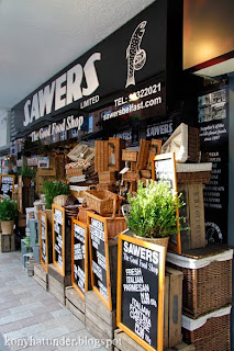 Sawers-Belfast-good-food-shop