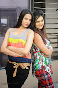 Dil Diwana Movie press meet Photos-thumbnail-20