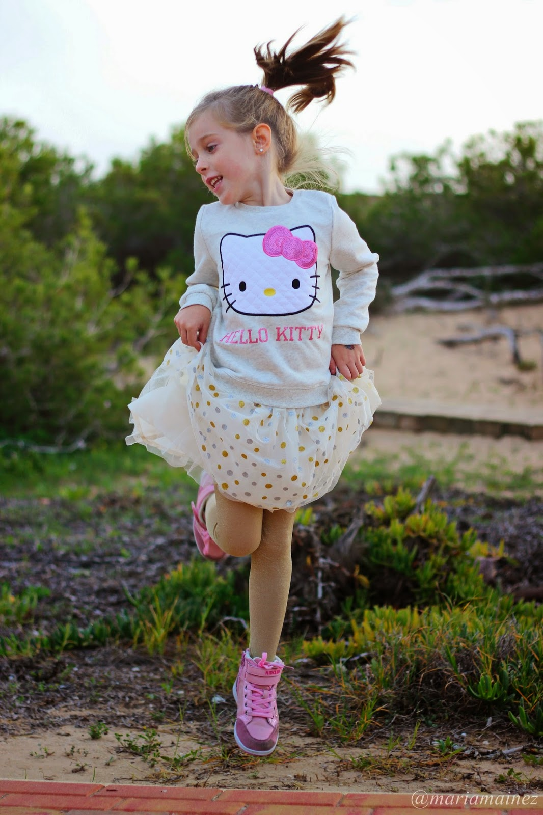 Little blogger - Fashion kids - H&M - Falda tul - Hello Kitty
