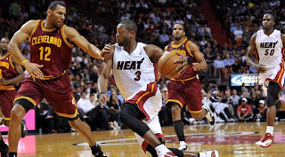 Miami Heat, Chris Bosh, LeBron James, NBA, Detroit Pistons, Dwyane Wade, Tracy McGrady LeBron James, Dwyane Wade, Chris Bosh, LeBron James, 2010-11 Miami Heat season, Sports
