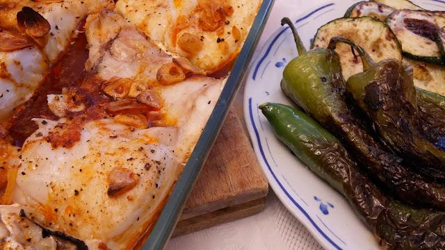 merluza al horno con ajo y pimentón de la vera