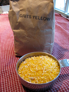 Carolina Foodie: GRITS with BUGS? OBX SHRIMP and GRITS