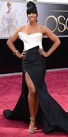 Кели Роуланд на Оскари 2013 в черно-бяла рокля на Дона Карън