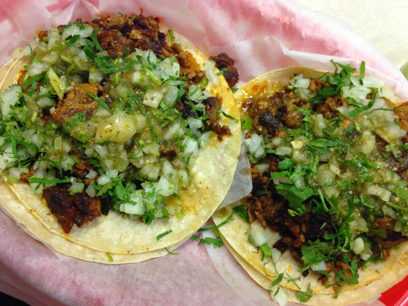 Tacos at El Farolito