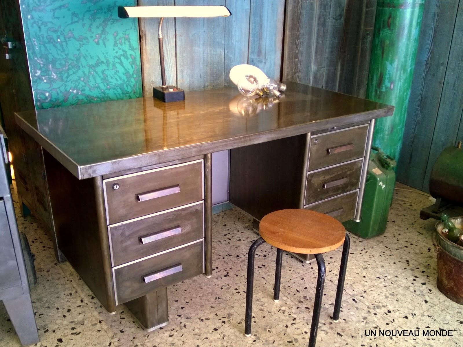 l 39 atelier de philippe bureau industriel strafor m tal patin. Black Bedroom Furniture Sets. Home Design Ideas