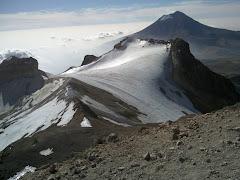 el glaciar de la panza, atras el popocatepetl