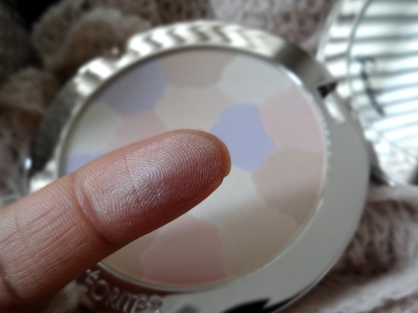 Guerlain Meteorites Compact Medium 03 Swatch
