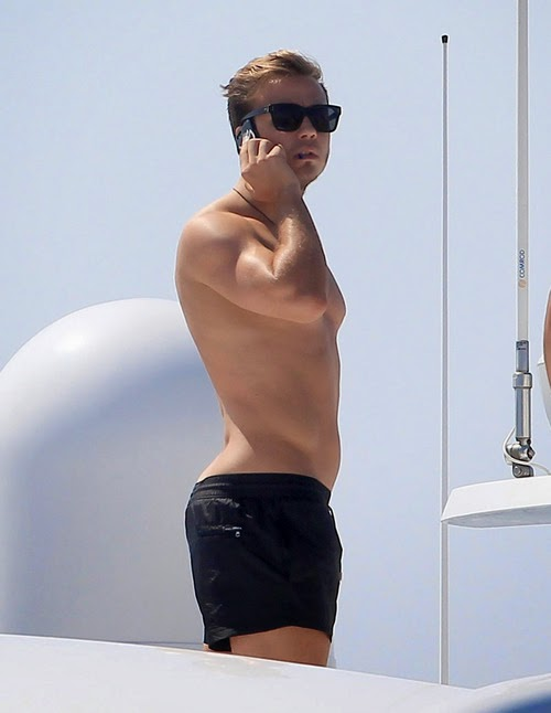 Mario Gotze erection