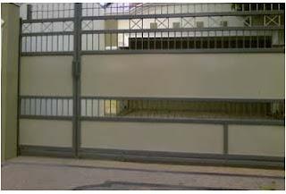 Pintu minimalis dengan menggunakan ornamen plat sederhana dan harga ...