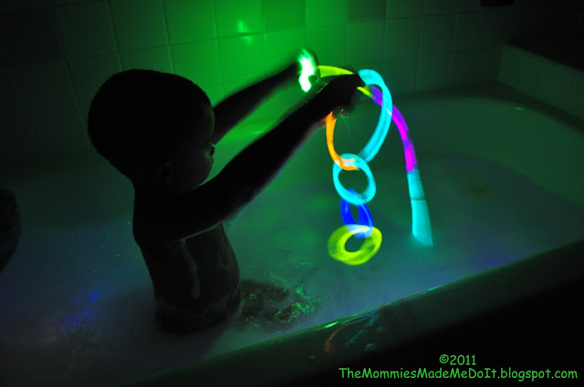 glow stick bath