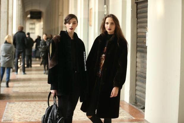 Larissa Marchiori and Waleska Gorczevski, Milano, January 2016